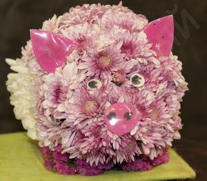 Свинни цветы и букеты с доставкой по Горловке